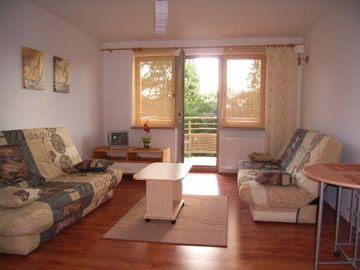 komfortowy  apartament na strzeżonym osiedlu blisko plaży