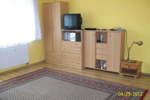 pokoje lub samodzielne mieszkanie